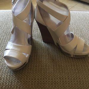Vince Camuto  Vo-Wanda porcelain sandals.